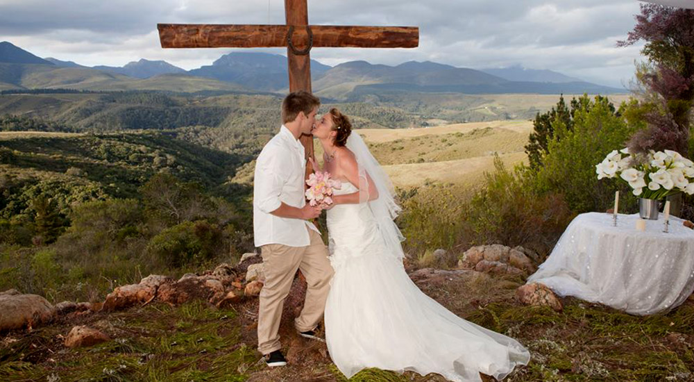 Wedding products and services are available in and around Great Brak River
