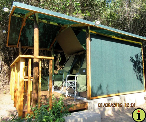 For the more adventurous type u2013 accommodation in a Safari Tent on a wooden deck. Knysna Loeries are regular u201cvisitorsu201d that should be sighted from the deck ... & Wolwedans Backpackers | Great Brak River Info